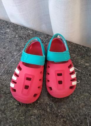 Босоножки тапочки кроксы adidas af3881 zsandal