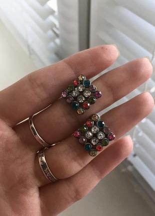 Серёжки серьги кульчики гвоздики бижутерия с камнями металлические