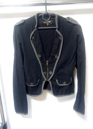 Трикотажный пиджак размер м