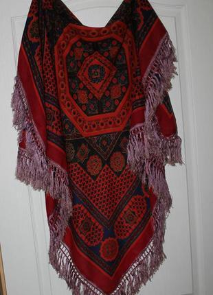Огромный шикарный  шерстяной платок