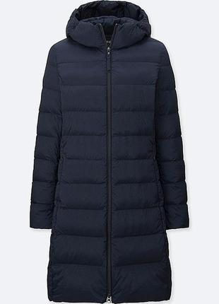 Легкое пальто пуховик uniqlo ultra light down, складывается в мешочек.