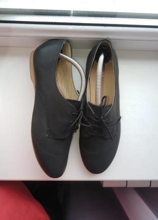 Туфли на шнуровке pier one, перфорация!кожа!