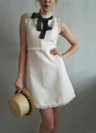 Элегантное платье в стиле chanel бежевое (букле, твид,белое с чёрным бантом)