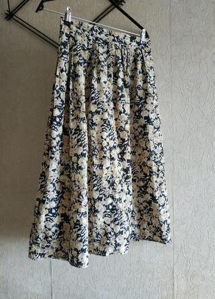 Легкая оетняя юбка с поясом