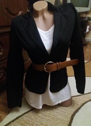 Пиджак чорный