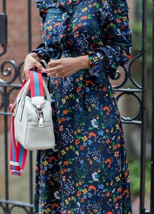 Платье, с оборками. цветочный принт.h&m.7 фото