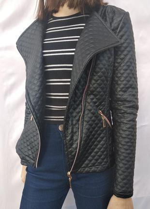 Очень стильная кожанка(косуха, куртка)