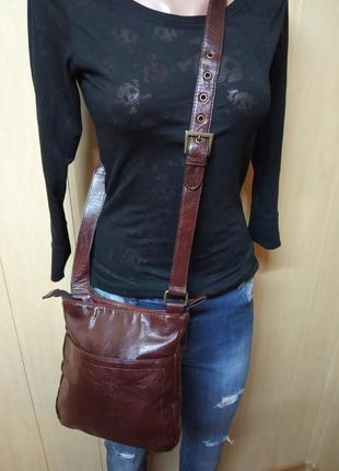 Брендовая,кожаная,шикарная,сумка,сумочка,клатч,кросс боди,бренд esmara.