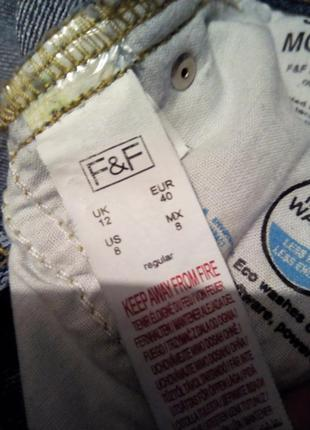 Укороченные мом джинсы f&f4