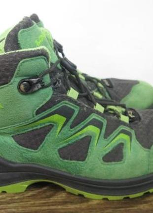 Демисезонные ботинки lowa gore tex р.34