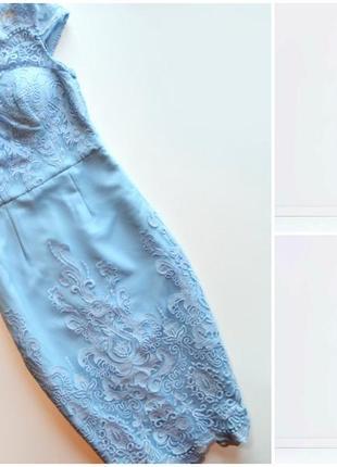 Оригинальное шикарное нежно-голубое платье с кружевом сhi сhi london