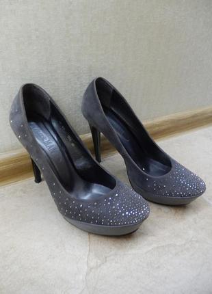 Туфли женские на высоком каблуке sharman