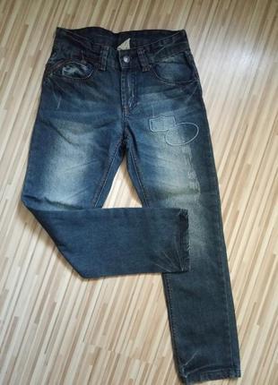 Max фирменные джинсы на 9 - 10 лет