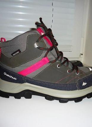 Демисезонные ботинки quechua 35 р. стелька 22 см. крутые! мегакачество!!!