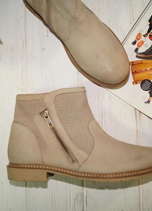 (38/24,5см) кожа/нубук. классные ботинки на низком ходу