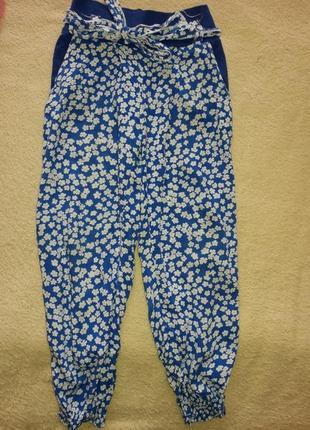 Модные легкие летние штанишки