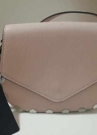 Очень красивая, нежная сумка zara по скидочной цене