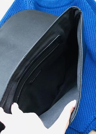 Стильный чёрный клатч5