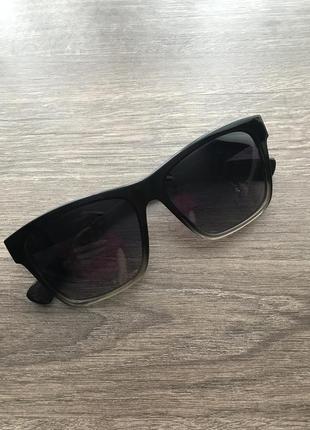 Стильные очки polaroid оригинал1 фото