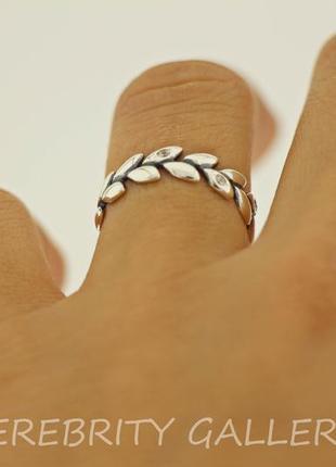 10% скидка - подписчикам! красивое кольцо серебряное размер 18. e 1715 w 183 фото
