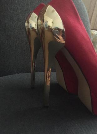 Туфли стальной каблук