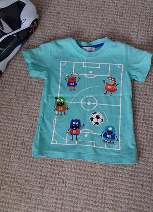 Стильна футболка на хлопчика