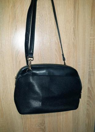 Крутая брендовая сумка крос-боди с длинной ручкой benetton