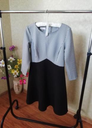 Платья чёрное белое