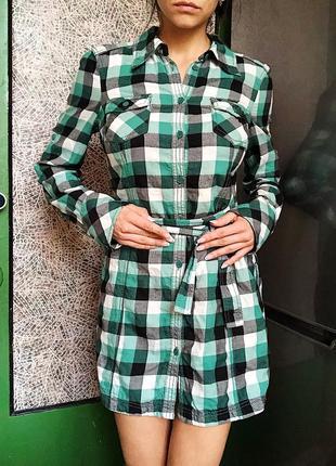 Платье-рубашка edc в черно-бело-зеленую клетку, клетчатое