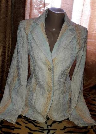 Очень стильный пиджак,эффект кружева!