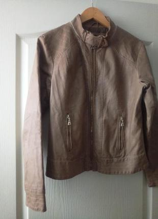 Кожаная куртка, пиджак кремового цвета с золотым замочком🌷1