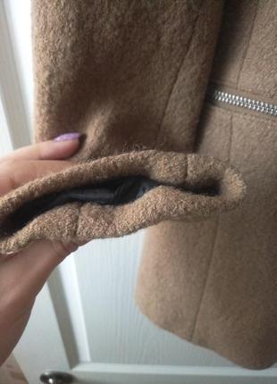 Нежный пиджак, полупальто в составе шерсть.4 фото