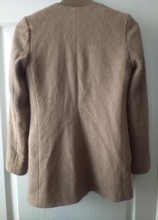 Нежный пиджак, полупальто в составе шерсть.6 фото