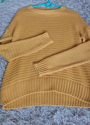 Ярко-горчичный свитер