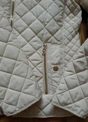 Стильная стеганая куртка ветровка на молнии с карманами стойка воротник от zara8 фото