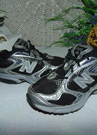 Кроссовки  new balance 28.5р,ст 18 см.мега выбор обуви и одежды