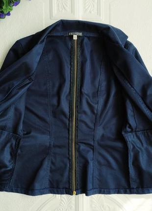Короткий приталенный пиджак блейзер exclusive, рукав 3/44 фото