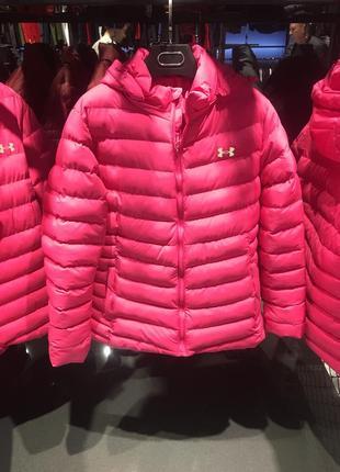 Under armor женская куртка розовая