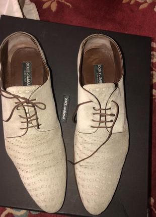 Dolce &gabbana, оригинал весенние замшеые перфорированные туфли