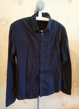 Стильная мужская темно-синия рубашка с длинным рукавом