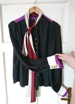 Шикарна блуза з бантом та рюшами на манжетах від river island, на р. м/l