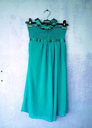 Изумрудное шифоновое платье-миди