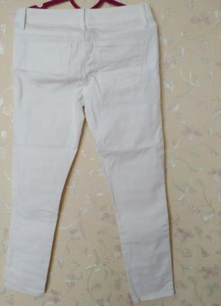 Джинсы узкие скини белые2 фото