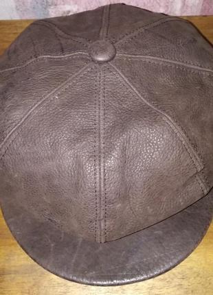 Кожаная кепка vera pelle