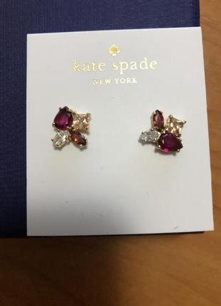Красота и стиль. серьги с отделкой кристаллами swarovski  бренд kate spade new york