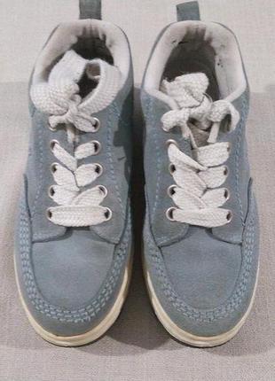 Круті брендові кросівки унісекс