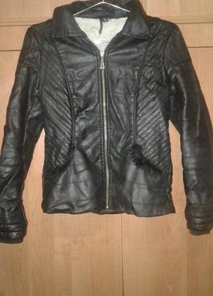 Кожана куртка 1+1=3 ( в подарок игрушка мягкая!!)