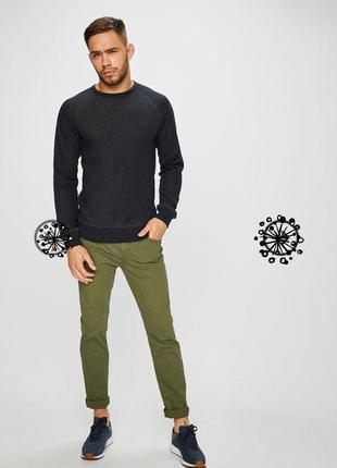 Крутые мужские узкие джинсы оливкового цвета jack  jones