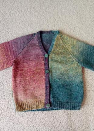 Вязаная теплая кофта красивого цвета 2-3 года