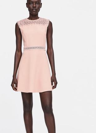 Платье нежное с вышивкой с кружевом кружевное zara оригинал